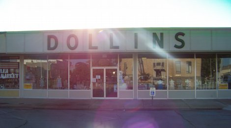 Dollins Clothing